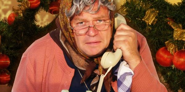 Markus Hirtler als Ermi Oma - Weihnachten im Altenheim