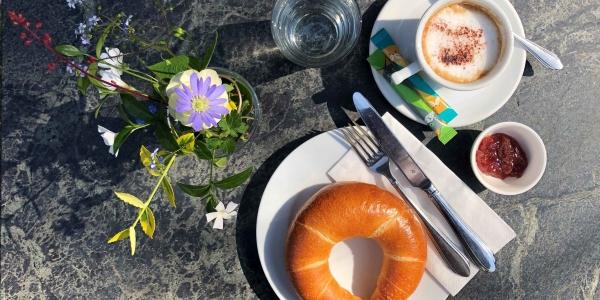 Wiener Kunstfrühstück im Café KUNST HAUS WIEN - Über Leben am Land