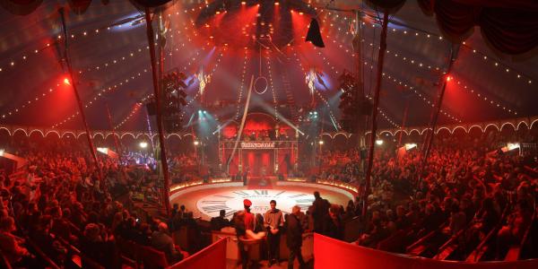 Circus Theater Roncalli - Linz