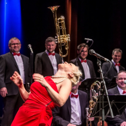 Lungau Big Band feat. Gunhild Carling © Archiv Theater Akzent